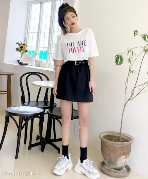 五分袖T恤搭配短裙
