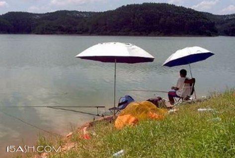 夏季钓鱼打窝,可以简单但不能没有!